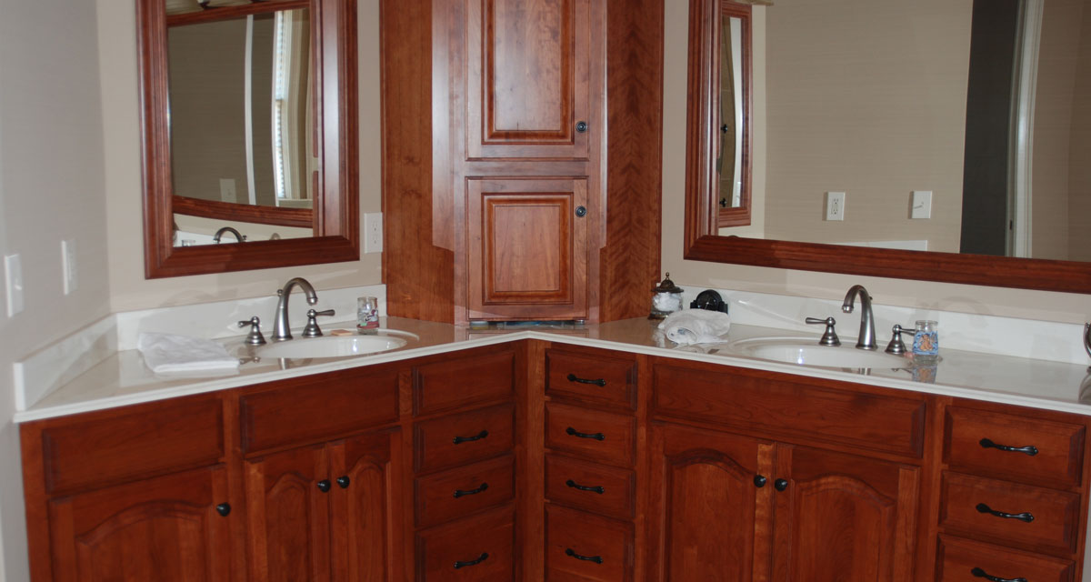 Greenwood cabinets durabuilt cabinet systems for Pre manufactured cabinets